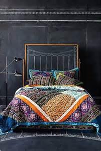 fabriquer une t 234 te de lit en peinture tableau noir