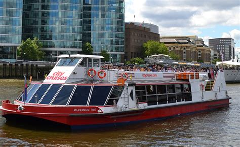 thames river cruise london to oxford open top london bus tour with afternoon in stonehenge