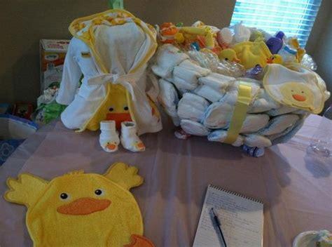 how to make a bathtub diaper cake bath tub diaper cake for a ducky theme baby shower lala