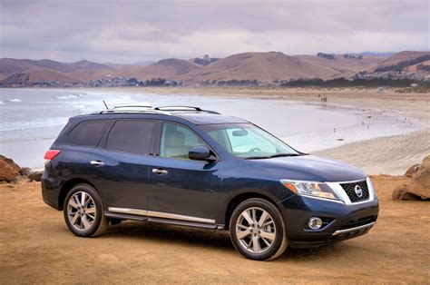 black nissan pathfinder 2014 2014 nissan pathfinder reviews and rating motor trend