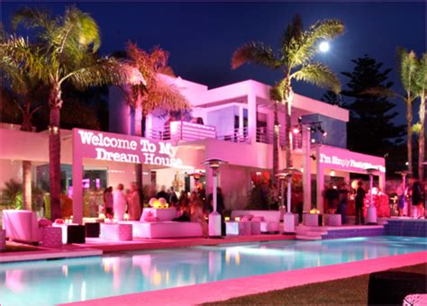 where can i buy barbie dream house dreamer 16 your dream house