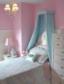 princess bedroom ideas she s a big girl now princess room project nursery