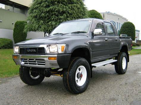 toyota truck diesel toyota hilux 4x4 crewcab diesel truck toyota 4wd