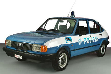 lada ministeriale auto della polizia qui tutte le foto e curiosit 224 anni 50 90