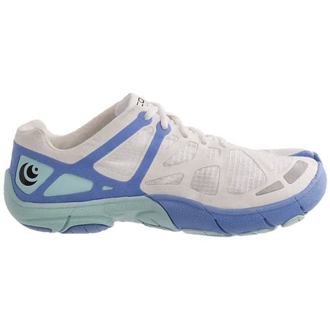 athletic running shoes topo athletic w rt running shoes for 7076r save 30
