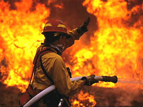 wildfire photographer