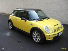 2003 liquid yellow mini cooper s hardtop 15781873