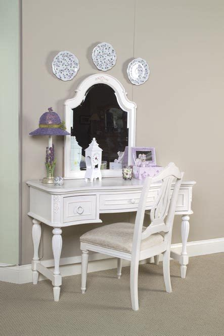 Reflections Bedroom Vanity Set 1000 Images About Vanities On White Vanity