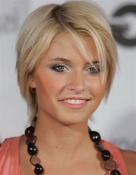 layered short hairstyles for older women choosing the best hair cuts for your face prom