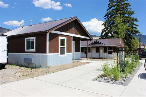 Gardiner Montana Cabin Rentals by Black Inn Vacation Rentals Gardiner Montana
