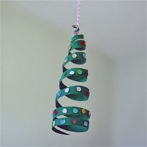 Hanging Paper Crafts - cardboard coiled tree ornament family