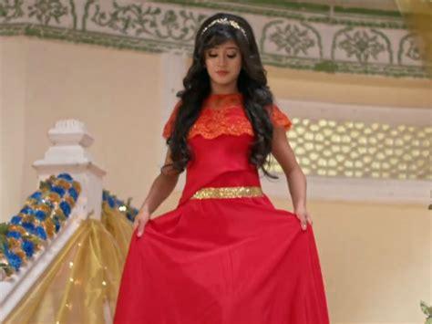 Naira Dress yeh rishta kya kehlata hai spoiler who is the new
