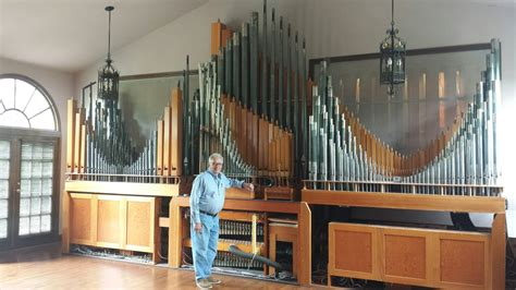 house organ sell my house but the pipe organ stays