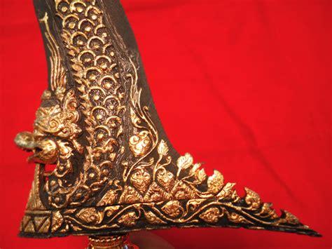 Keris Pusaka Kanjeng Kyai Jangkung Kode 661 keris nogo rojo kode 02 b 05 keris sabuk inten jual pusaka gambar foto mahar harga