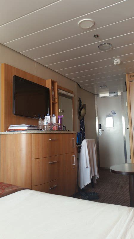 deluxe veranda stateroom obstructed view cabin category 2c silhouette