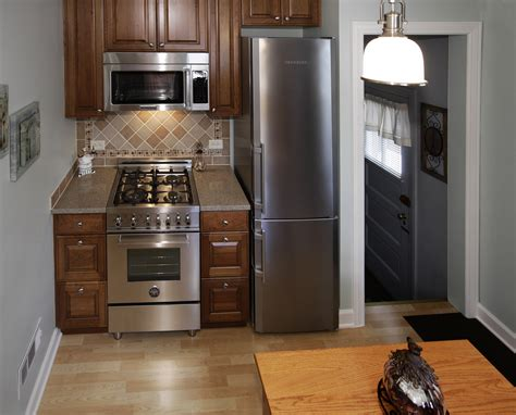 Small Kitchen Renovations Small Kitchen Remodel Elmwood Park Il Better Kitchens