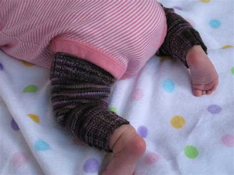 free knitting pattern baby leggings the 19 best images about knitted leg warmer on pinterest
