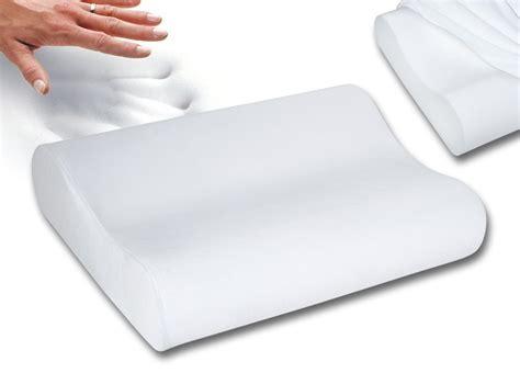 memory foam pillows sleep innovations better quality sleep innovations contour memory foam pillow