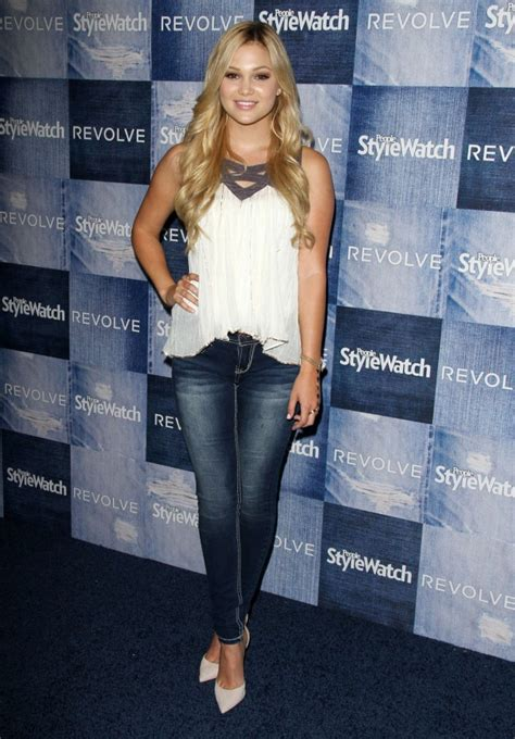 madelaine petsch peso olivia holt people stylewatch 2014 denim party 22 gotceleb