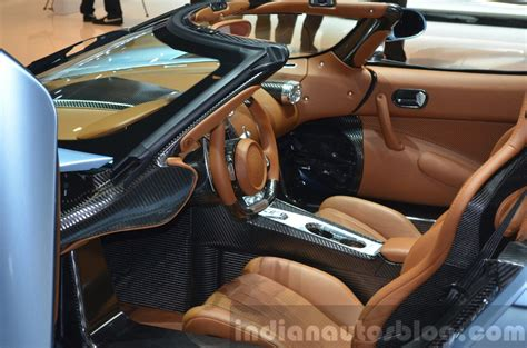 koenigsegg interior 2015 koenigsegg regera interior at the 2015 geneva motor show