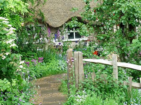 Cottage Gardens Ideas Cottage Garden Design Garden Decoration