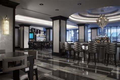 hotels downtown chicago with in room silversmith hotel chicago downtown deals reviews chicago usa wotif