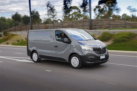 renault trafic 2015 renault trafic review caradvice