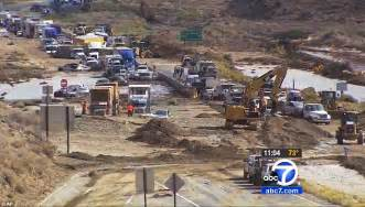 gling in california nearly 200 vehicles trapped in mud on southern california