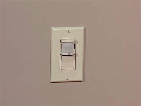 Sensor Light Switch by How To Install A Motion Sensor Light Switch How Tos Diy