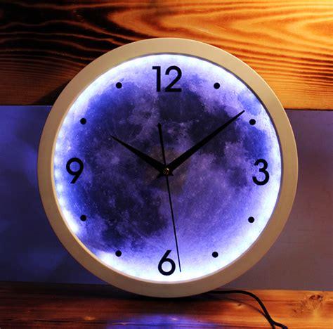 wanduhr mit licht led light creative design digital wall clock moon