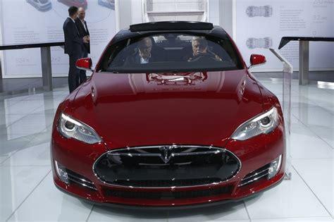 Tesla Auto Company Tesla Motors Nearly Doubled Staff In 2014 Wsj
