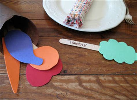 How To Make A Cornucopia Out Of Paper - paper plate cornucopia family crafts