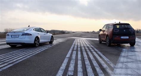 Tesla Drag Racing Test Drive By Koenigsegg Tesla Model S Vs Bmw I3