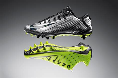nike vapor shoes football nike vapor carbon 2014 elite football cleat hypebeast