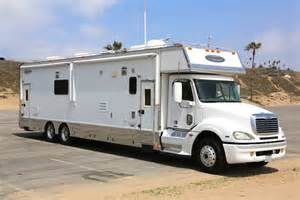 renegade garage motorhome pictures 2006 renegade garage 45ft unit class a diesel rv for