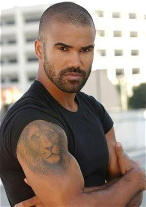 shemar moore tattoo me some detective derek criminal minds