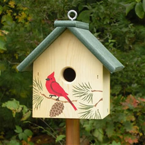 cardinal bird house duncraft com eco roof cardinal bird house