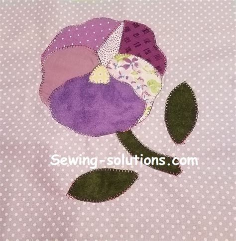 free applique free applique quilt pattern with for a pansy