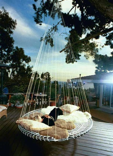 round hanging bed 25 best ideas about outdoor beds on pinterest swing