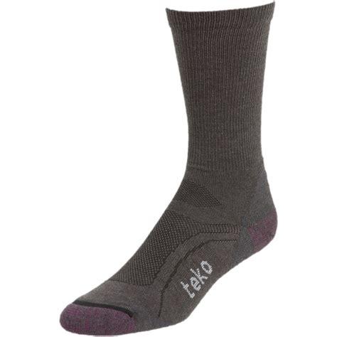 teko light hiking socks teko sin3rgi light hiking sock s backcountry com