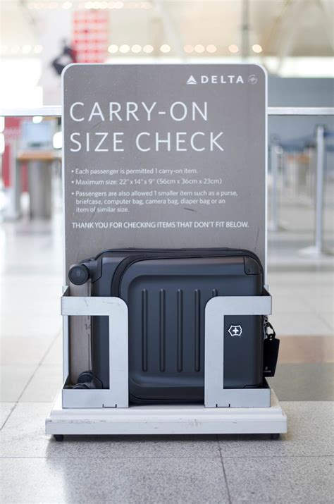 1000 ideas about airline carry on size on pinterest carry on luggage size the simple guide to carry on size