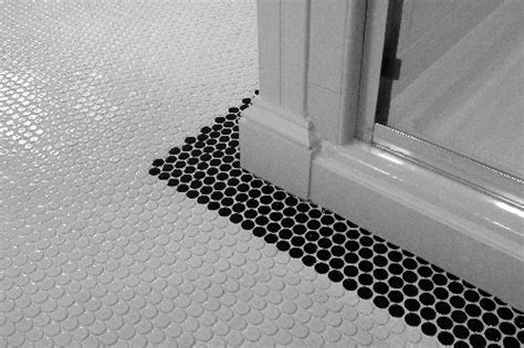 round bathroom tiles 25 best ideas about penny round tiles on pinterest