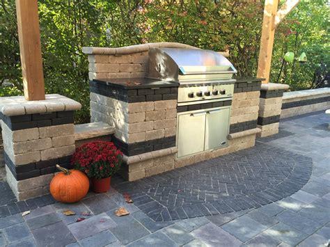 Backyard Grill Enclosures Grill Enclosures Pavestone Brick Pavingpavestone Brick