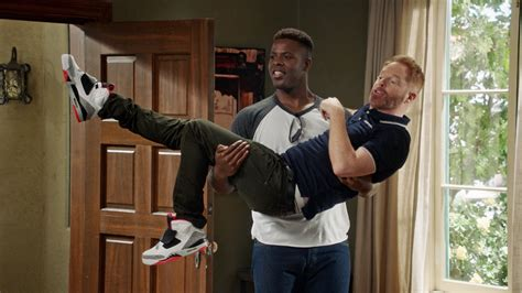 modern family season 8 episode 4 recap spoilers weathering heights international