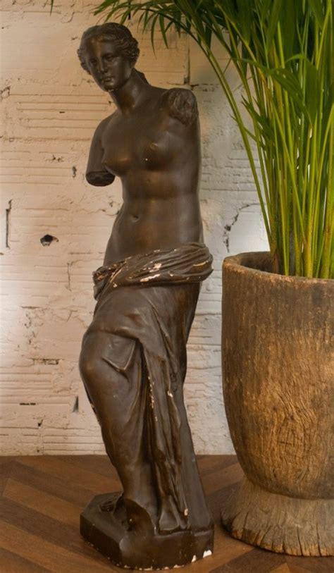 black venus feminine statue  pieces unique antique