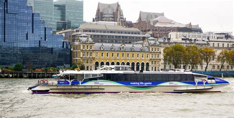 thames clipper pub crawl 7 london pubs for sightseeing passports to life