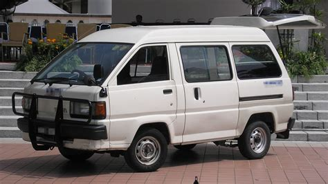 liteace toyota toyota liteace review and photos