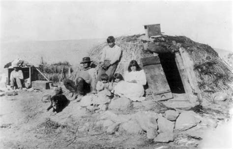 the great basin indian tribes dwelling and home the apache tribe moved from central arizona to southwest