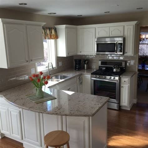 remodeled kitchen cabinets this kitchen was in desperate need of a remodel honey oak