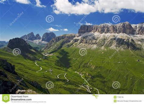 sella accedi passo pordoi immagine stock immagine di neve montagne